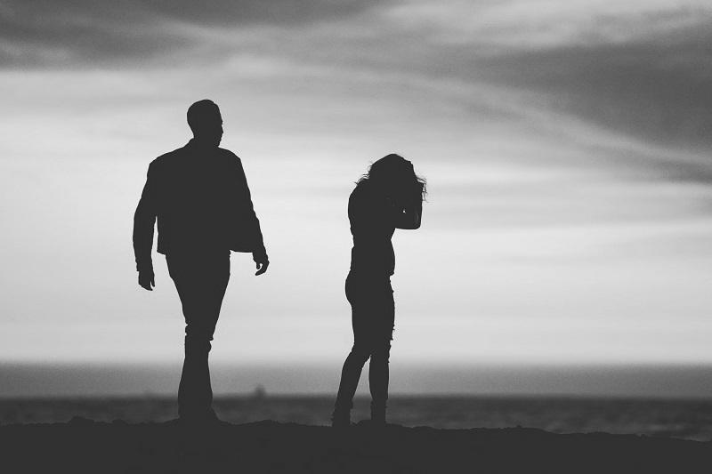 singuratatea in cuplu cum previi